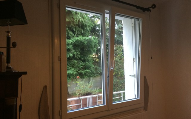 Fenêtre 2 vantaux + oscillo battant